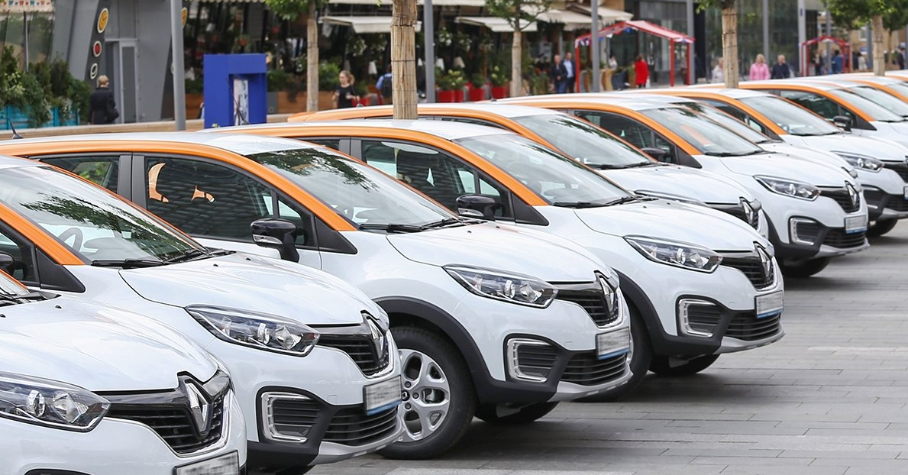 Москвичам предложили сдавать свои машины в «народный каршеринг» — Motor
