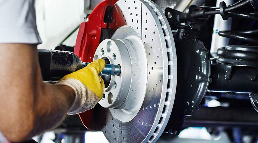 Как часто нужно менять тормозные колодки?